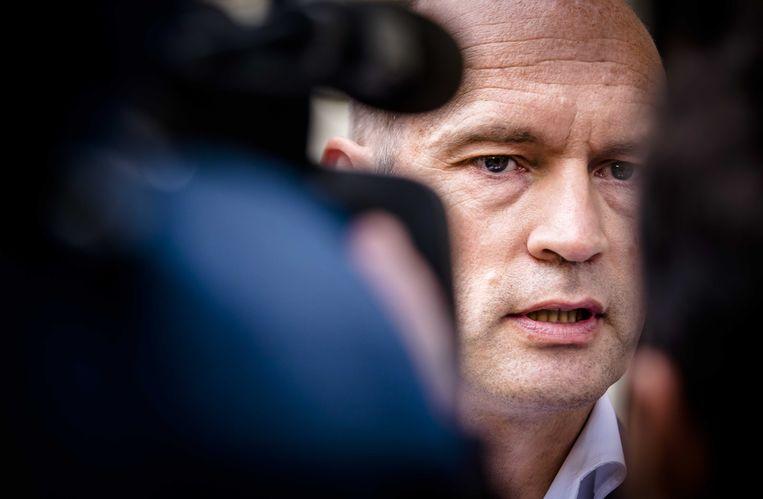 Gert-Jan Segers (ChristenUnie) verlaat het Johan de Witthuis na afloop van de formatiegesprekken met informateur Gerrit Zalm. Beeld ANP