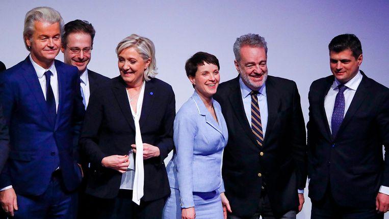 PVV-leider Geert Wilders, Marine Le Pen van Front National, Frauke Petry van AfP en Matteo Salvini van Lega Nord op het congres in Koblenz. Beeld REUTERS