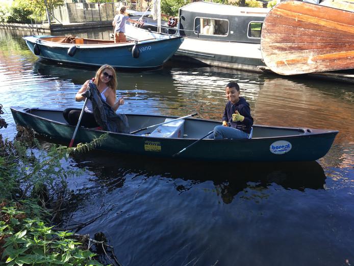 Schoonmaak op Vinkeveense Plassen tijdens World Clean Up Day 2019