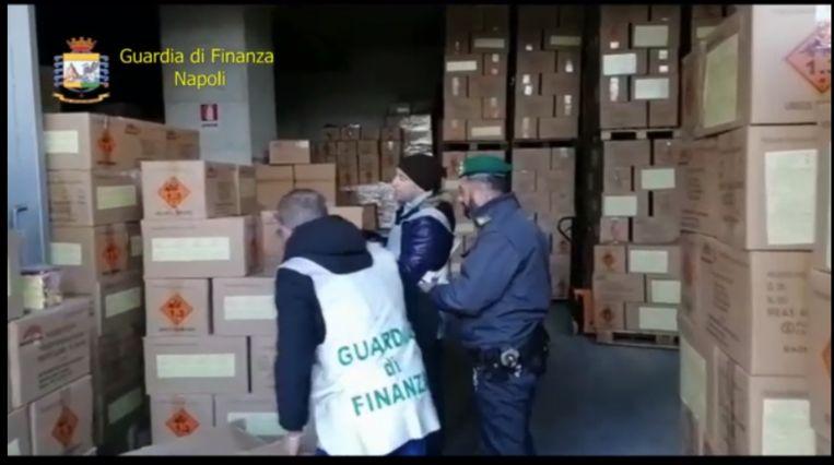 De politie nam 52 ton vuurwerk in beslag.