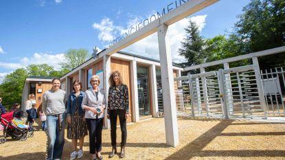 Gedaan met ellenlange wachtrijen aan provinciedomein Huizingen: investering van 1,3 miljoen voor nieuwe inkom