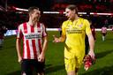 Lachende gezichten bij Daniel Schwaab en Lars Unnerstall na de zege van PSV op Willem II.