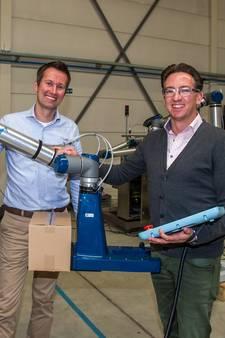 Vanderlande stapt in uitzendbureau voor robots