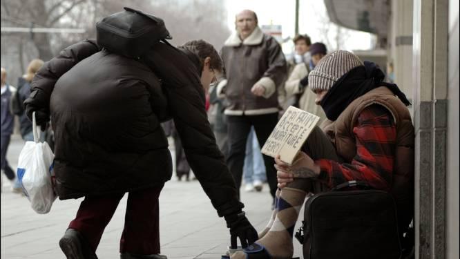 Bedelaars maken goedgelovige dokter 53.000 euro afhandig