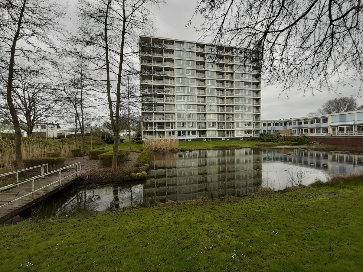 Het huidige gebouw De Veenkamp in Apeldoorn gaat aan het eind van het jaar tegen de vlakte.
