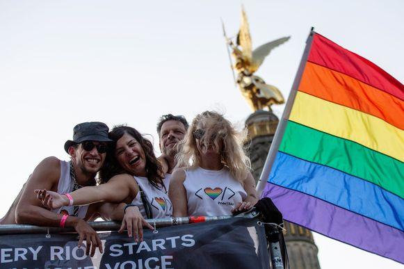 De holebigemeenschap in Duitsland viert de 40e verjaardag van de Berlijnse pride.