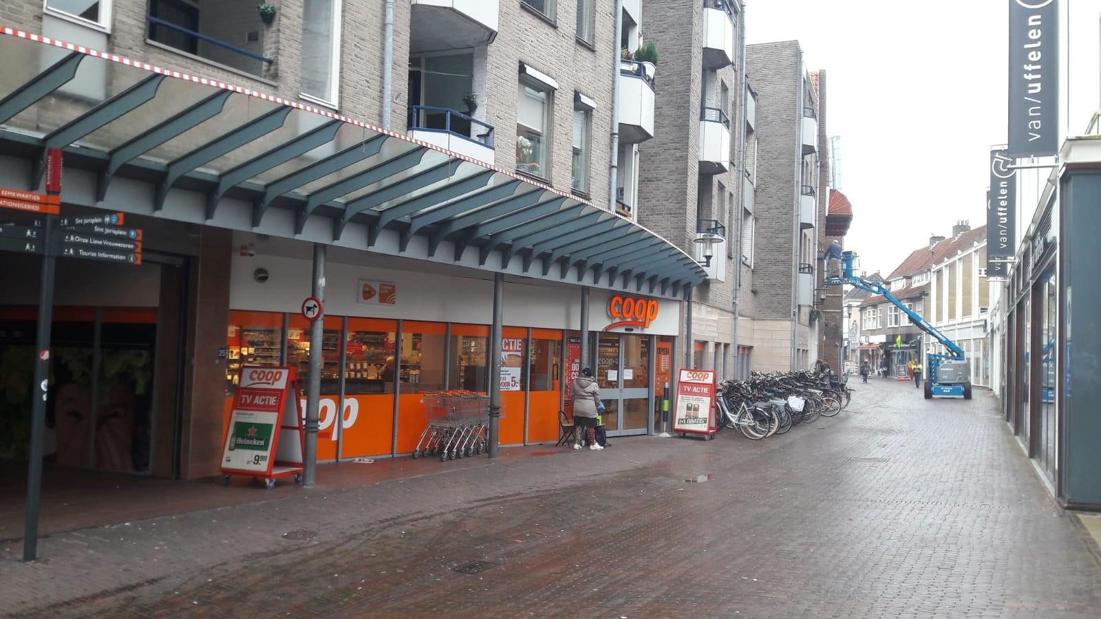 De poging tot verkrachting vond plaats in de Hellestraat in Amersfoort.