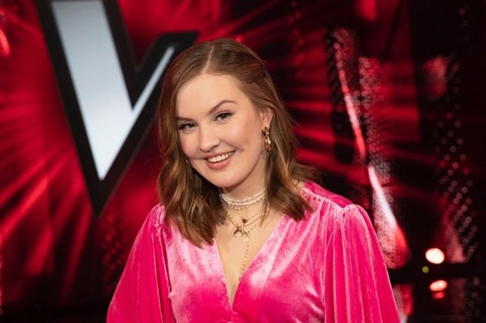 Emma Boertien in the Voice of Holland.