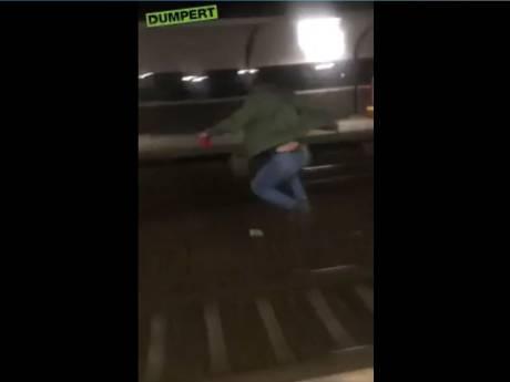 Jongen springt vlak voor trein spoor over op Station Dukenburg, ProRail doet aangifte