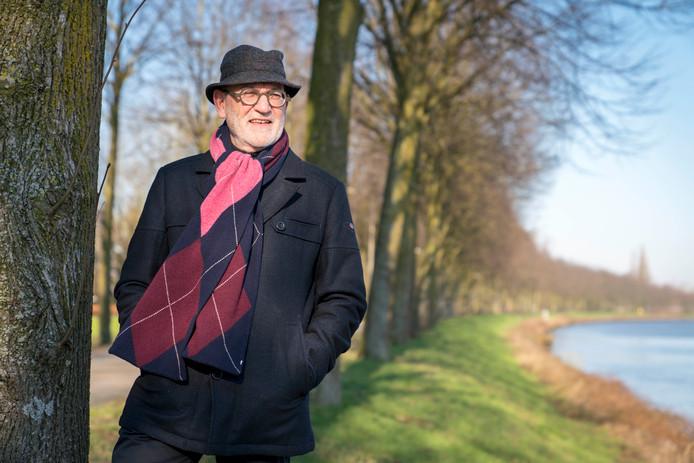 Oud-Griffier van Oosterhout Jan Frankevijle doet een boekje open over zijn ervaringen met oud-burgemeester Stefan Huisman. Frankevijle woont tegenwoordig in Nijmegen.