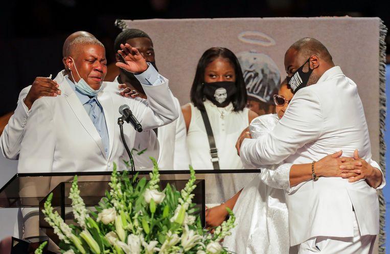 Familie van George Floyd sprak op de uitvaart. Beeld AFP
