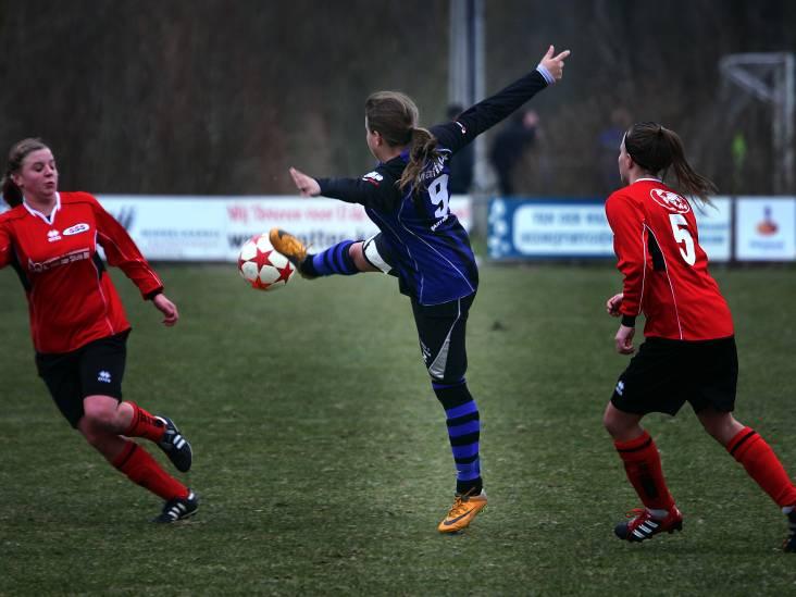 Van der Steen maakt hattrick voor DSE, Bavelse vrouwen spelen gelijk