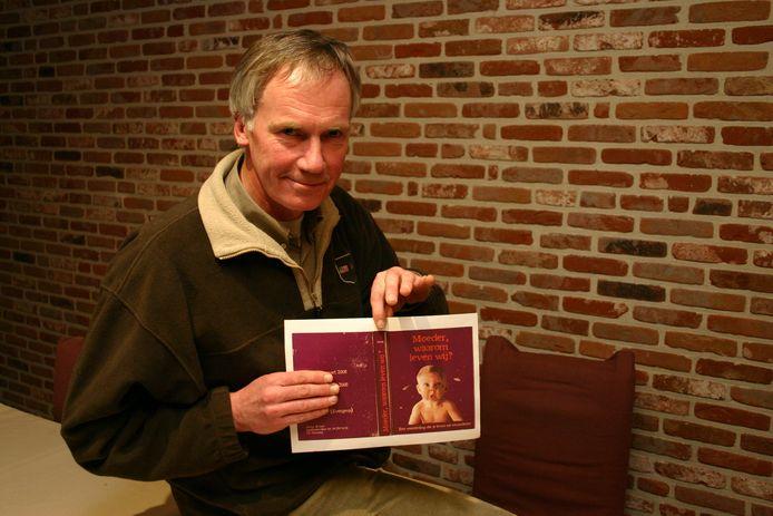 Archief: Peter Vereecke stond in 2008 al eens op de planken met 'Moeder, waarom leven wij?'.