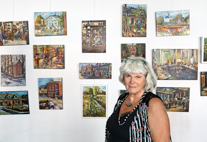 Mieke van Zundert voor schilderijen die ze maakte over en van haar dorp Zundert.