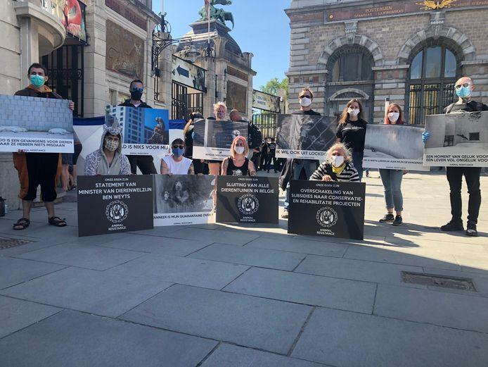Animal Resistance vecht voor de sluiting van alle dierenparken in België.