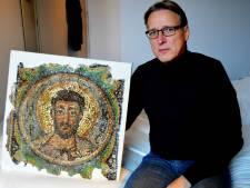 Kunstdetective geeft gestolen mozaïek van 1600 jaar oud terug aan Cyprus