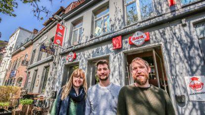 Vlasmarkt vernieuwt: café Ziggy gered, Gainsbar stelt huisbier voor