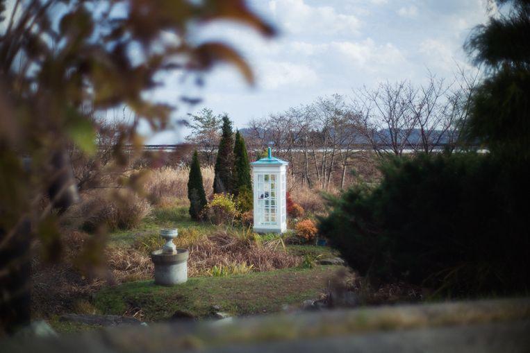 De windtelefoon in Otsuchi trekt tot 300 mensen per maand die met overleden dierbaren willen praten. Beeld null