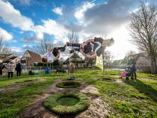 Nieuwe truc om kinderen aan het bewegen te krijgen: het StuiterGrasveld
