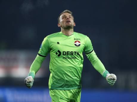 Mooie cijfers voor 'prima keeper' Wellenreuther: 'Dit seizoen valt voor hem alles op zijn plek'