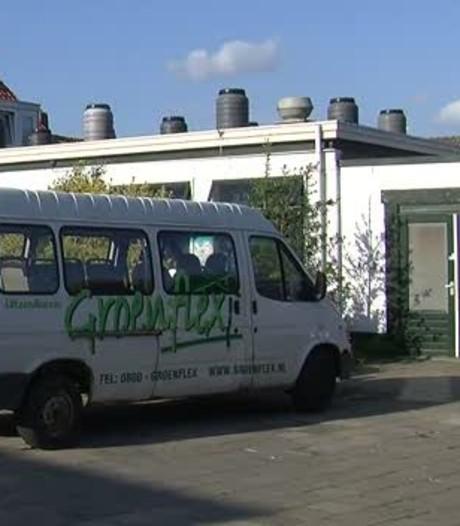 Polenhotel Hoedekenskerke verkocht