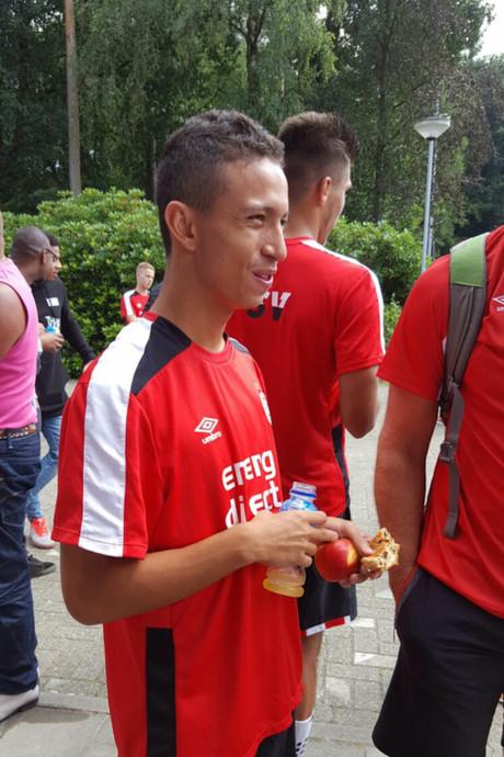 Braziliaan Mauro Junior (17) terug in Eindhoven, PSV-contract nabij
