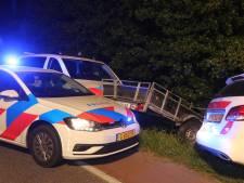 Man (28) uit Tiel zonder rijbewijs opgepakt na wilde achtervolging Zaltbommel, reed met 120 per uur over fietspad