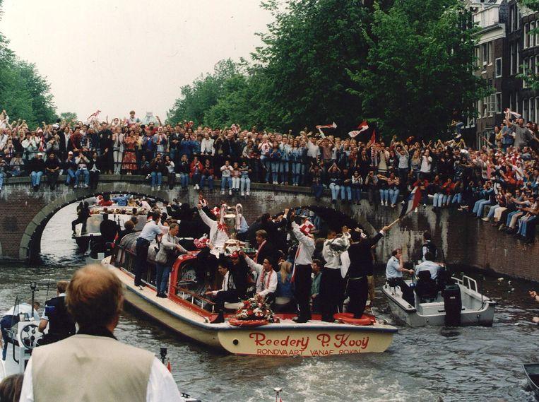 In beeld: zo beleefde Ajax de Champions League-finale van 1995 | Het Parool