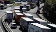 Losgeraakt vrachtwagenwiel leidt tot fataal ongeluk: trucker is schuldig aan dood door schuld en krijgt werkstraf