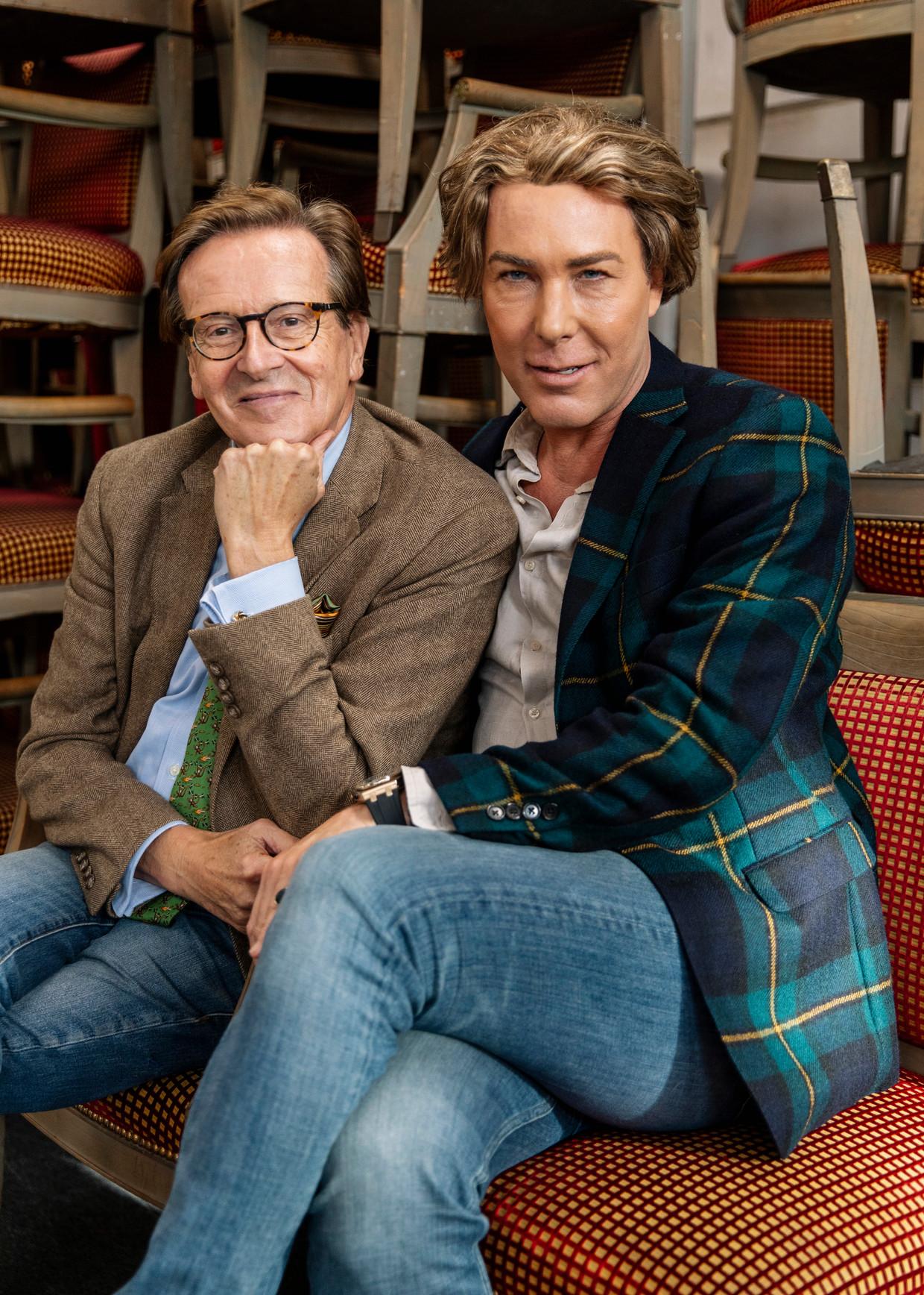 Frank Jansen (links) en Rogier Smit, de mannen achter het tv-programma Paleis voor een prikkie. Jansen: 'Afdingen heb ik mijn hele leven gedaan, dat doe ik niet ineens voor de televisie.'  Beeld Lin Woldendorp