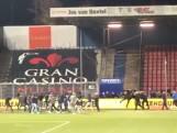 Klein gedeelte FC Twente-aanhang misdraagt zich in Den Bosch