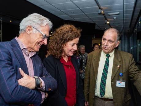 Minister onder de indruk van Bevrijdingsmuseum Nieuwdorp