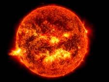 Zonnestormen kunnen grootste file aller tijden veroorzaken