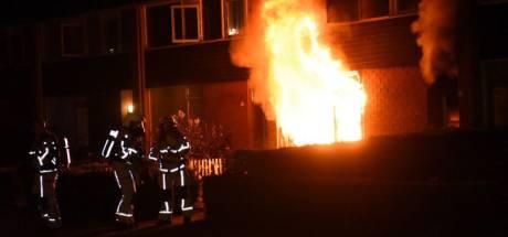Justitie: verdachten uit Apeldoorn, Heerde en Nunspeet moeten járen cel in voor brandstichting Almelo