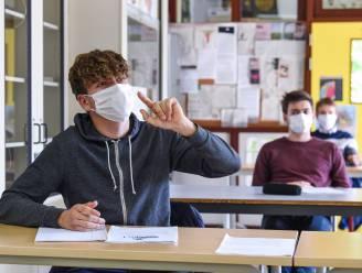 """Na één week school al her en der klassen in quarantaine: """"We gaan véél kinderen testen deze winter"""""""