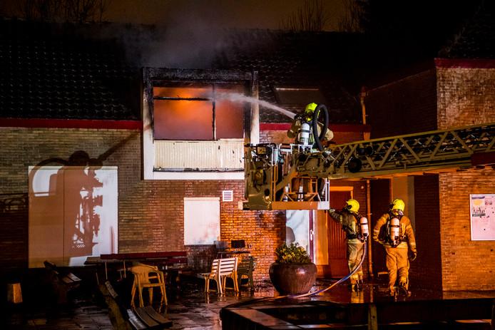 Grote brand aan de Rollostraat in Rotterdam-Zuid.