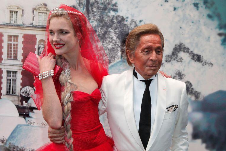 Natalia samen met Valentino Garavani, oprichter van modehuis Valentino.