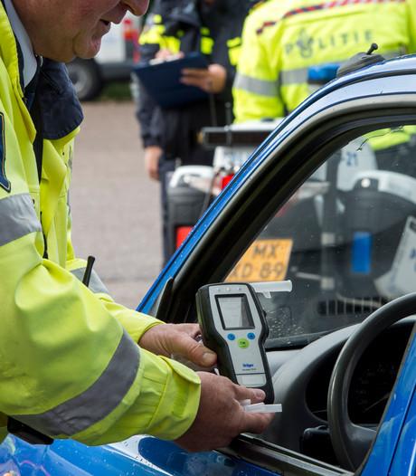 Drankrijder moet rijbewijs inleveren na botsing in Dronten