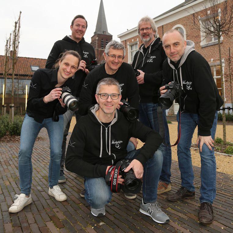 Het team van Wezelopdefoto.