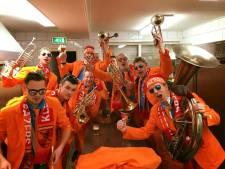 De Helderse Klepperbloazers uit Hellendoorn naar Coen und Sander Fest