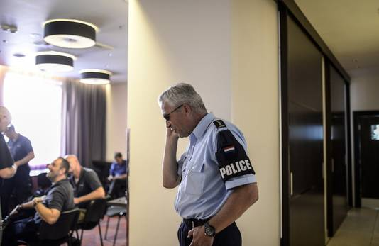 Leden van het Nederlandse team van forensische experts