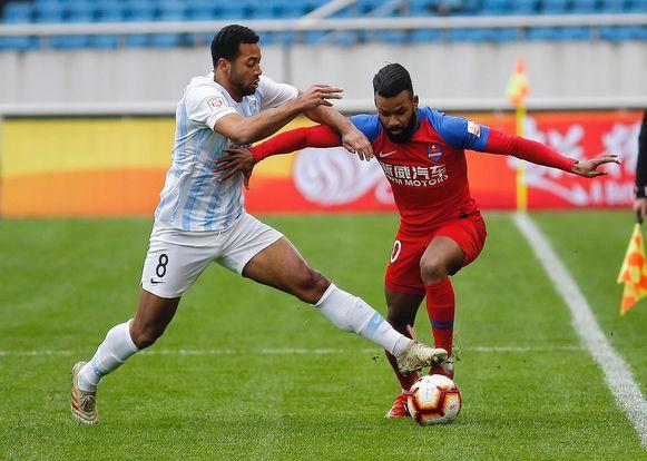 Mousa Dembélé vorig jaar in het shirt van Guangzhou R&F.