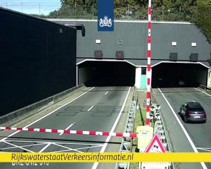 De Drechttunnel is dicht.
