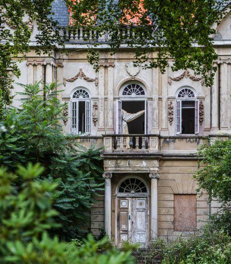 Rechter beslist: 'krottenkoning' krijgt rekening voor herstel vervallen Huize Ivicke