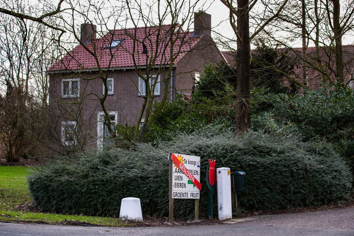 Bij een overval op een woning aan de Hannie Schaftweg bij Emmeloord is een persoon gewond geraakt. De overval was op 11 februari 2019. Maandagavond was een reconstructie te zien in Opsporing Verzocht