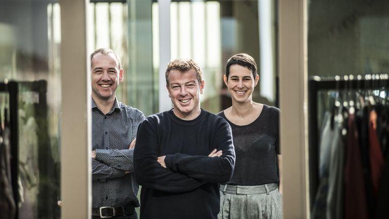 De vakbonden eisen onder meer duidelijk bewijs dat Manu Bracke, Dieter Penninckx en Anja Maes vrijwillig ontslag uit al hun bestuursmandaten hebben genomen.