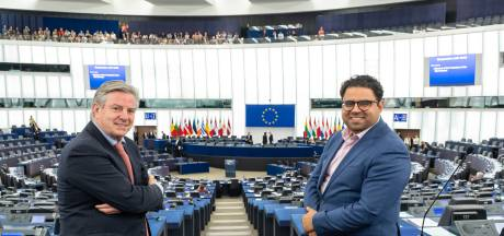 Chahim en Manders verrassend in Europees Parlement: 'Iedereen wil opeens iets van je'
