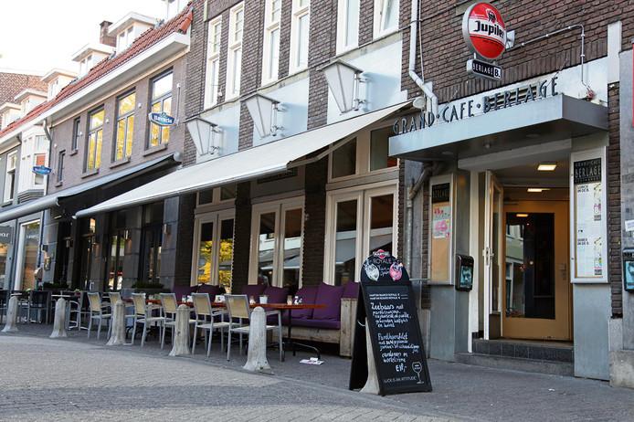 Grandcafé Berlage in Eindhoven. Deze foto is nog van voor de ingrijpende verbouwing.