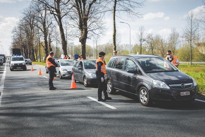 De politie controleerde onder meer op de Drongensesteenweg in Gent.