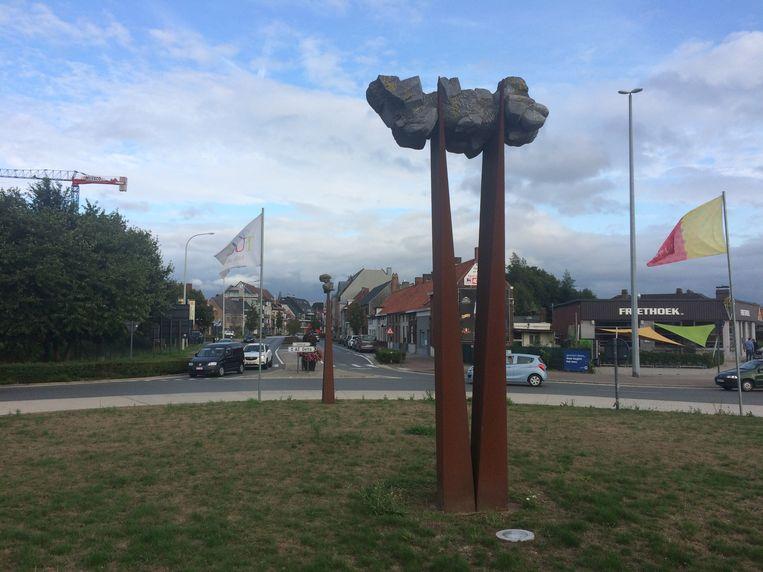 Afbeeldingsresultaat voor kunstwerk verwijderd uit Torhout